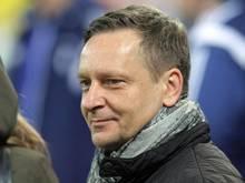 Horst Heldt will auch ohne die Champions League große Transfers stemmen