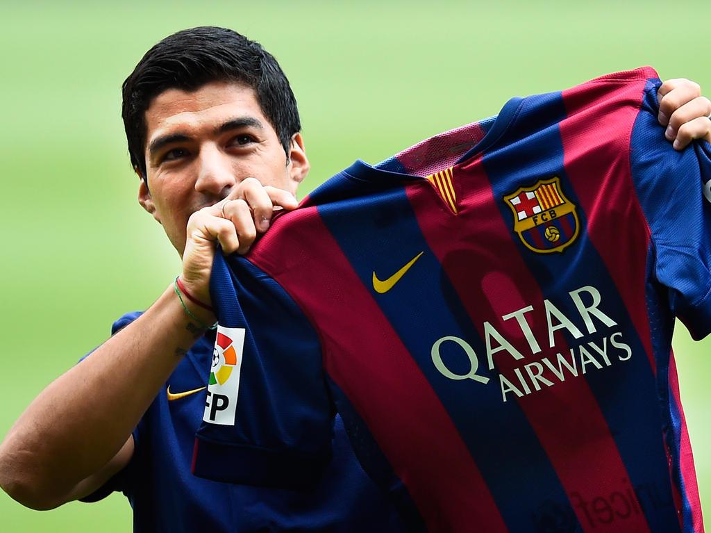 Barcelona striker luis suarez said goodbye to his former liverpool