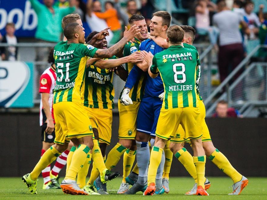 Sportschau Podolski Erzielt Tor Des Jahres Dfb Deutscher