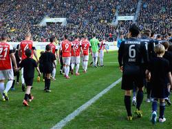 Alemannia Aachen und Rot-Weiss Essen spielten vor Regionalliga-Rekordkulisse
