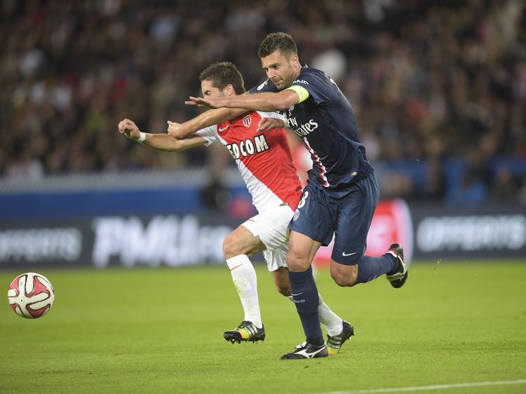Will sich mit Monaco auch national auf die Überholspur kämpfen: João Moutinho (l.)