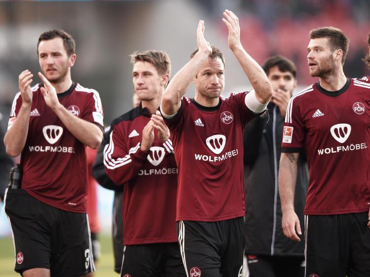 Bei einem Sieg gegen Karlsruhe kann der FCN wieder vom Aufstieg träumen