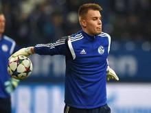 Timon Wellenreuther darf auch im Derby das Schalker Tor hüten